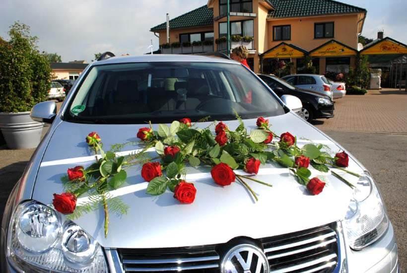Hochzeitsschmuck - Auto